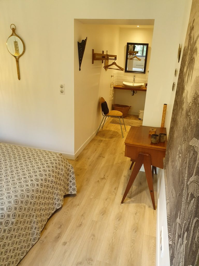 """les chambres d'hôtes Amiens """"au jardin sur l'eau"""" : chambre Hortensia"""