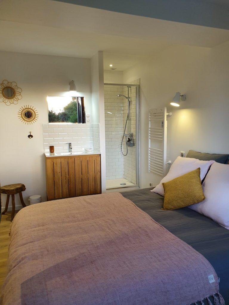 """les chambres d'hôtes Amiens """"au jardin sur l'eau"""" : chambre rose de Picardie"""